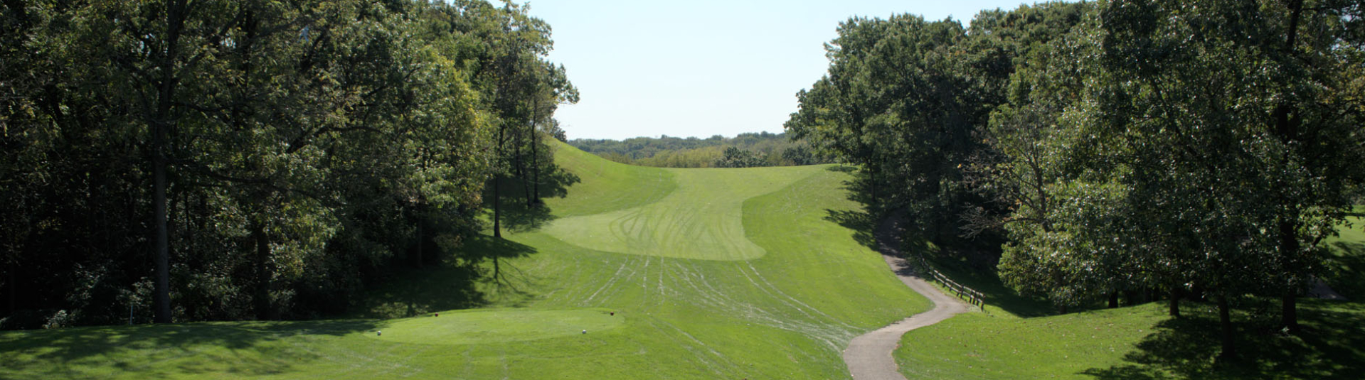 View down the fairway at Prairie Isle